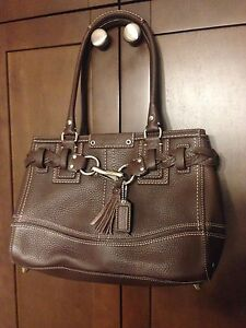 COACH authentic Brand New Leather