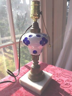 ANTIQUE 19c. SANDWICH GLASS BLUE DOUBLE OVERLAY ART GLASS OIL LAMP