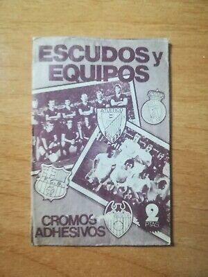 Sobre sin abrir. ESCUDOS Y EQUIPOS LIGA 1975.76. Ed. ESTE. packet, bustina