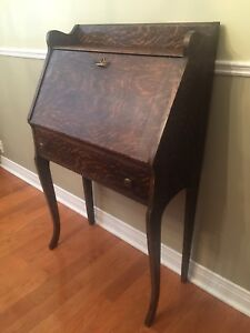 Antique Secretary Desk - Mission Oak  w/ Drawer