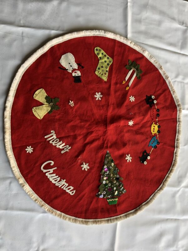 """Red Vintage Home Made FELT CHRISTMAS TREE SKIRT With Embellishments 35"""""""