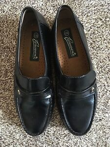 Men's dress shoes (only wore one time)