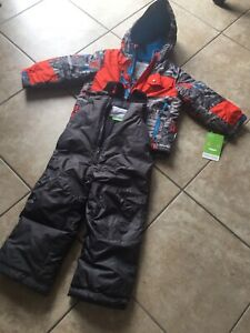 Snow suit for boy size 2-3