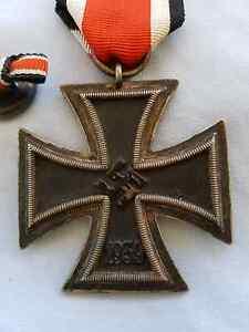 ORIGINAL GERMAN WW2 IRON CROSS 1939 2ND CLASS EK2 MEDAL. Koondoola Wanneroo Area Preview