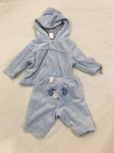 Children's Place velour tracksuit. Brand New