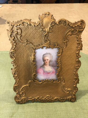 ANTIQUE 19 CENTURY ORNATE GILTED METAL FRAME WITH PORCELAIN PAINTING BY BIZET
