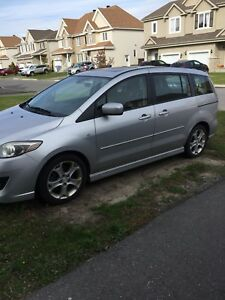Mazda 5 GT excellente condition négociable