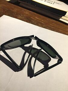 Ray Ban Wayfarer Folding Men's Black Good Shape