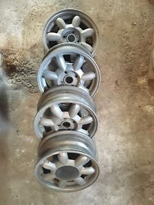 4 mags 14''x5 1/2'' 4x100