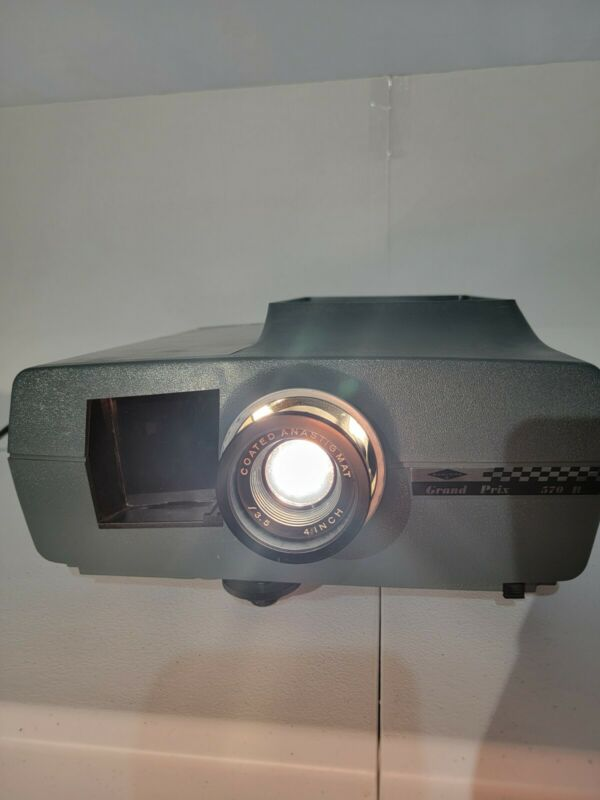 Vintage Fully Functional Sawyers Grand Prix 570 R Slide Projector