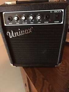 Univox solid state Amp / good condition / rarely ever used