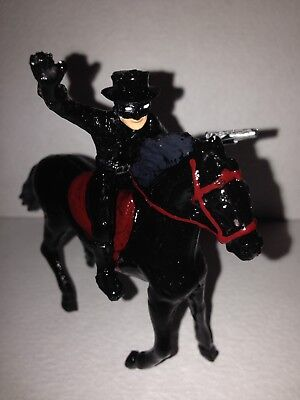 El Zorro And Tornado Custom Figures, 2 Inches, Plastic](Zorro Custome)