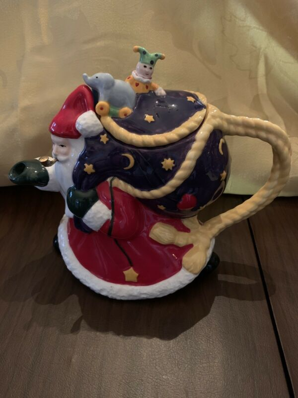 Mary Engelbreit Christmas Santa Claus w/ gold pipe Anniversary Teapot 1984-1999