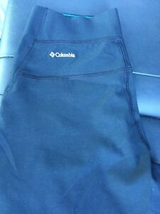 Women's Columbia pants!! Only $5