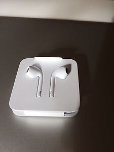 Apple iPhone 7 EarPods Burwood East Whitehorse Area Preview