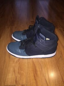 Stunning Pair Of Nike Dunks For Sale!!