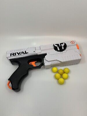 Nerf RIVAL White KRONOS XVIII-500 Phantom Corps Blaster HASBRO w/ 6 ammo balls