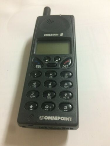 Omnipoint Ericsson VINTAGE Cellphone Black  1994-1998 EXTREMELY RARE