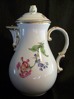 "MEISSEN Flower / Floral COFFEE POT - Rosebud Finial Lid + Matching 11"" PLATE"
