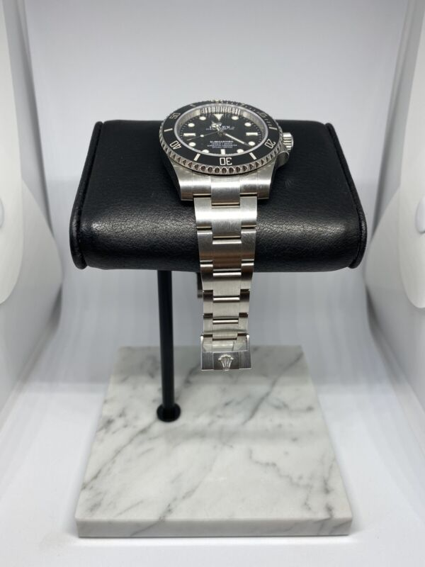 The Marble Watch Stand With Italian Leather