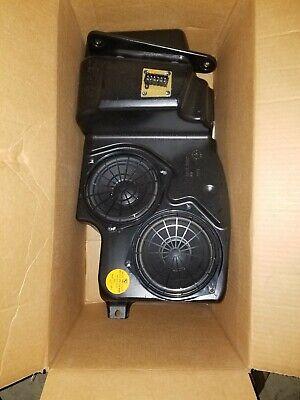 2000-2006 BMW E53 X5 REAR HIFI SUBWOOFER AUDIO SPEAKERS SPEAKER ASSEMBLY OEM