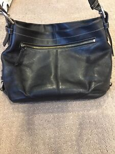 Black leather coach purse and wallet combo