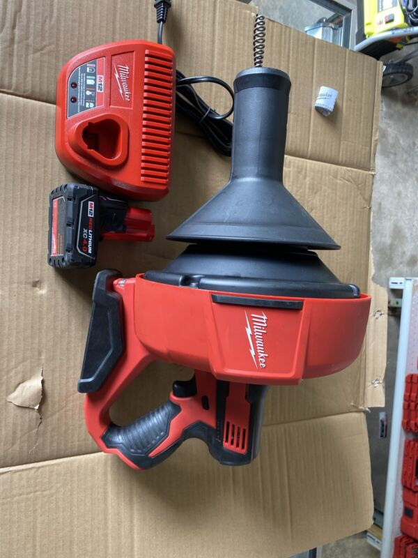 Milwaukee 2571-20 12V Drain Snake With Battery 4 Ah And Charger...