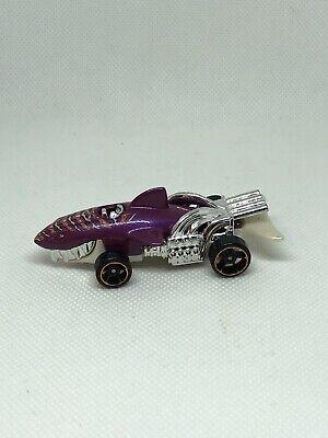 Hot Wheels Sharkcruiser Shark Cruiser Purple White