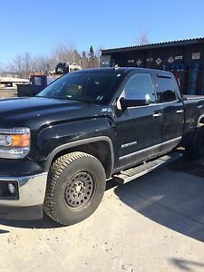 2014  GMC Sierra SLT full loaded