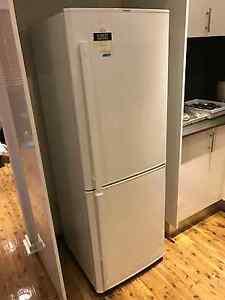 290L  Mitsubishi fridge & freezer Bass Hill Bankstown Area Preview