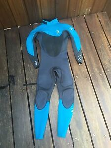 billabong full wetsuit-bilabong foil,size 8 Umina Beach Gosford Area Preview