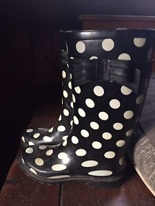 Rubber Boots. Size 6