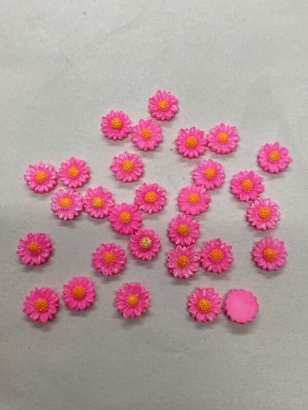 Vintage Japanese Hand Painted Flat Back Celluloid 10mm Daisies/Flowers (72pcs)