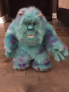 Monster Inc  (peluche avec son )