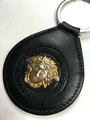 GIANNI VERSACE VINTAGE '90s MEDUSA METAL LEATHER KEY CHAIN GOLD BLACK ITALY