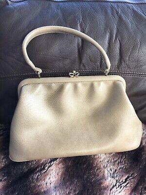 Chamelle By Essell Vintage Handbag