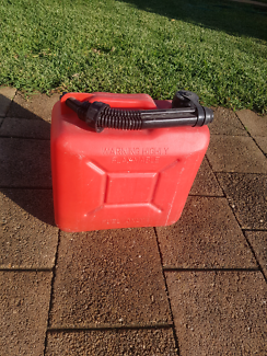 5 LITRE FUEL CAN WITH POURER Greenfields Mandurah Area Preview