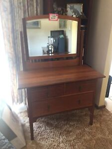 Antique dressing table Padbury Joondalup Area Preview