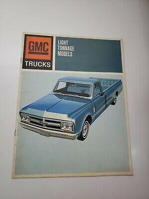 1967 GMC LIGHT TRUCK SALES BROCHURE / SALES FOLDER / ORIGINAL PICKUP ITEM!!