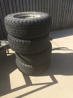 4x4 rims with mud tyres