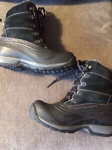 North Face Chillkat 3 Women's winter boots - worn three times!