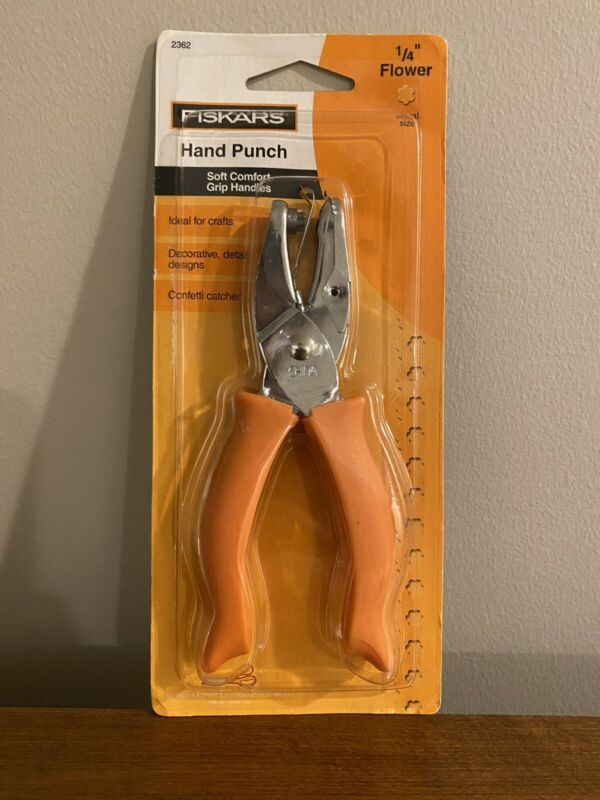 Fiskars Hand Held Flower Punch 1/4""