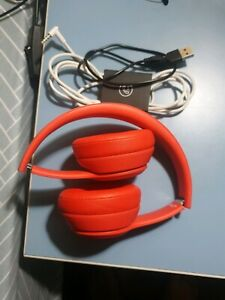 Red Beats Solo3 wireless