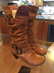 Gorgeous Tan Boots for sale!