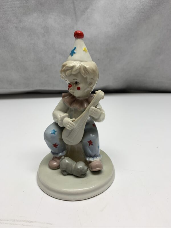 Porcelain Circus Clown With Dog Figurine Vintage KG