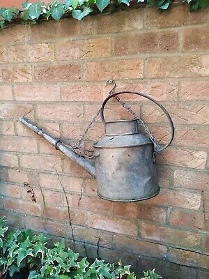 OLD VINTAGE METAL GARDEN WATERING CAN