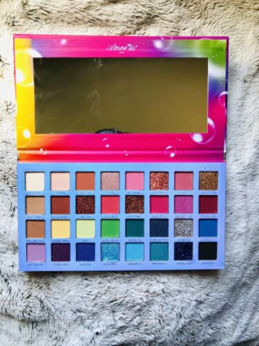 New Bubble pop 32 Eyeshadows palette With Mirror From Amorus