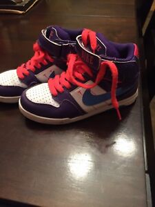 Girls size 13 Nike basketball sneakers