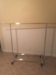 Solid rolling clothing racks