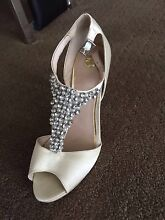 Ladies Heels Shoes Cream Sz7 Madeley Wanneroo Area Preview
